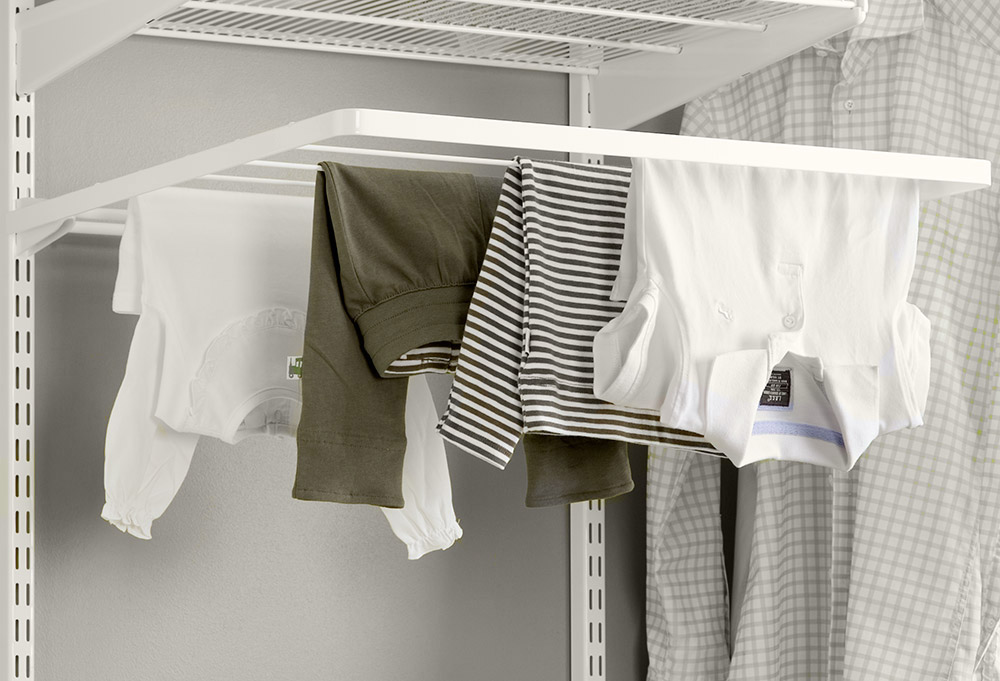 Fold-down drying shelf
