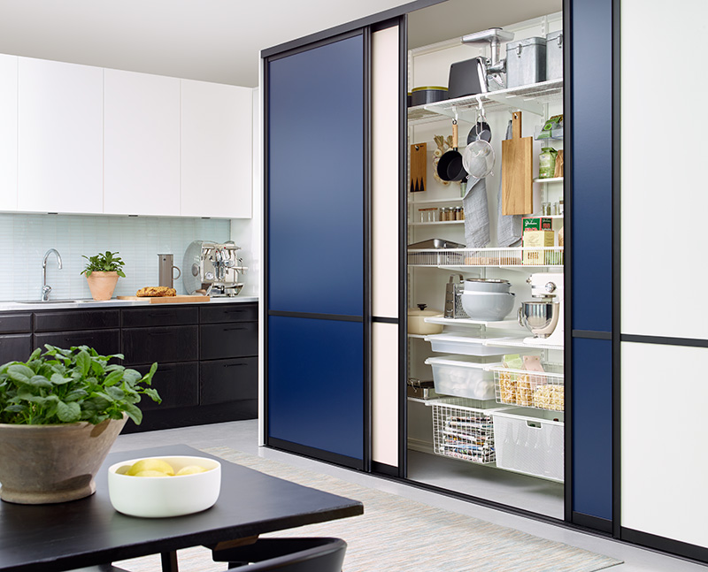 Elfa-kitchen-sliding-doors